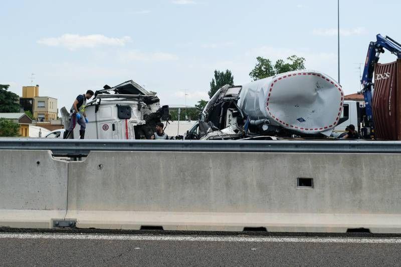 Los vehículos involucrados (foto Schicchi)