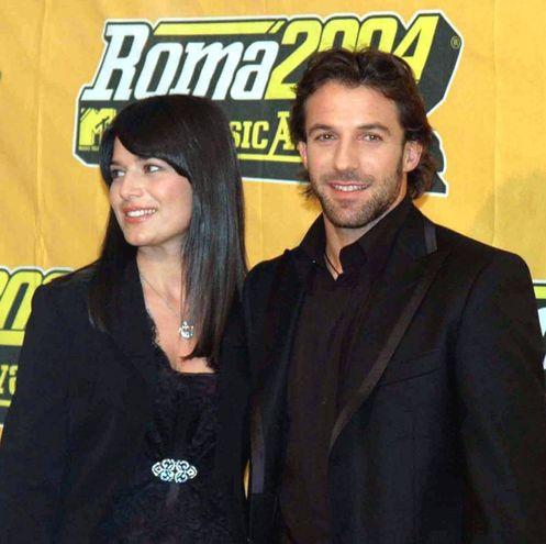 Alessandro Del Piero e Sonia Amoruso nel 2004 (Ansa)