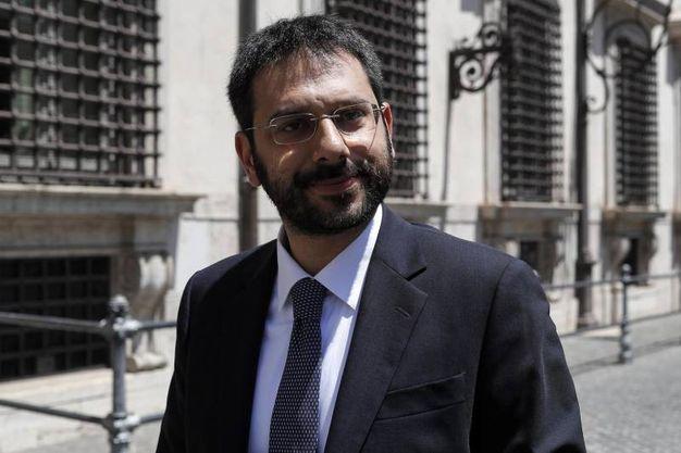 Angelo Tofalo, sottosegretario alla Difesa (Ansa)