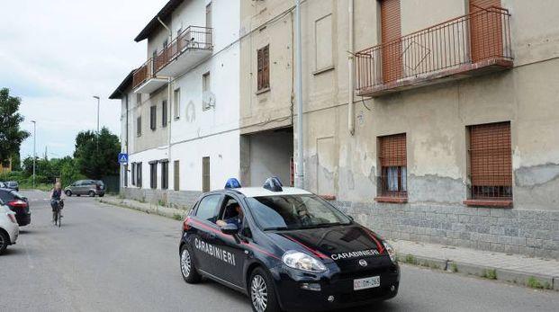 Spari in via Monte Grappa a Bareggio
