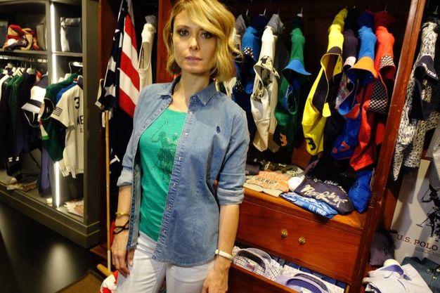 L'attrice Euridice Axen a Pitti, per Us Polo Assn (foto Gianluca Moggi/New Pressphoto)