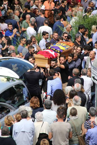 Il funerale di Duccio Dini (foto Marco Mori/New Pressphoto)
