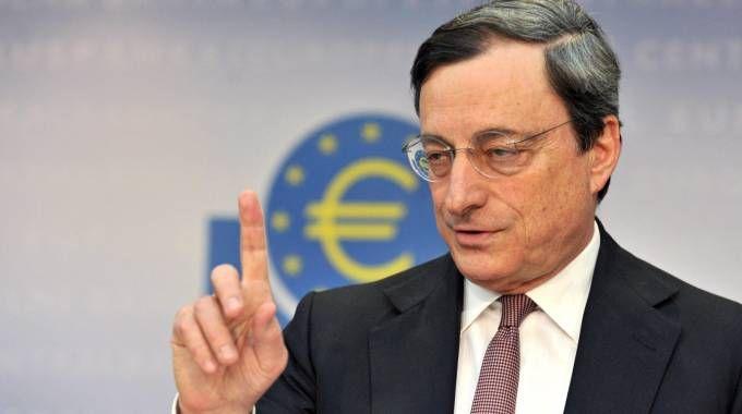 Quantitative easing, In sostanza la banca diventa acquirente di beni con denaro creato 'ex-novo'.