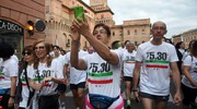 ...e chi scatta un selfie (Businesspress)