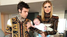 La famiglia Ferragni-Fedez celebra Versace (Instagram)