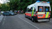 E' rimasto ferito un motociclista di 39 anni (foto Frasca)
