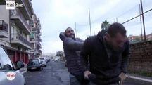 L'aggressione di Roberto Spada al giornalista Rai (Ansa)