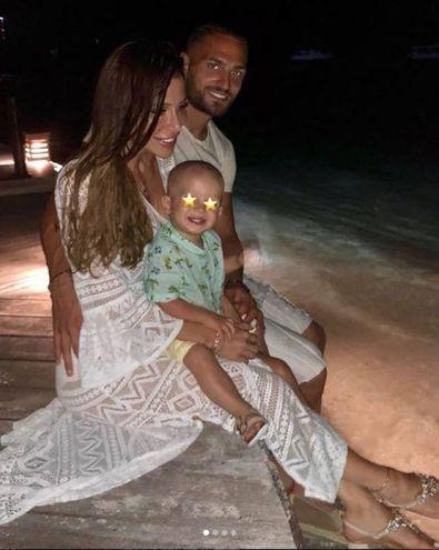 Danilo D'Ambrosio (Inter) assieme alla compagna alle Maldive (Instagram)