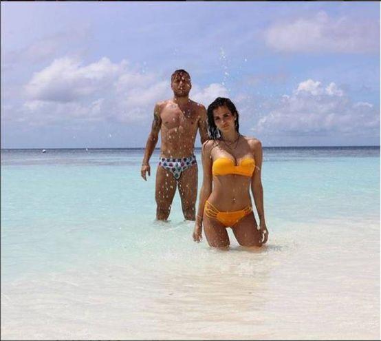 Ciro Immobile (Lazio) con la moglie Jessica Melena alle Maldive (Instagram)