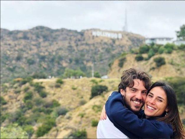 Simone Verdi (Napoli) con la compagna Laura Della Villa a Los Angeles (Instagram)