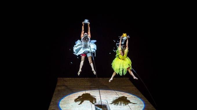 La Compagnia dei Folli, vertical dance