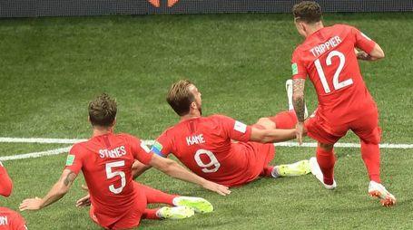 Harry Kane ha messo la firma sul Mondiale con una doppietta all'esordio