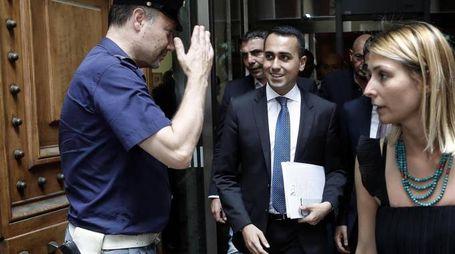 Luigi Di  Maio arriva al ministero per presiedere l'incontro sull'Ilva (Ansa)