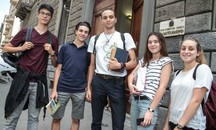 "I ragazzi del liceo scientifico ""Castelnuovo"" (Giuseppe Cabras / New Press Photo)"