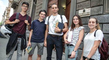 """I ragazzi del liceo scientifico """"Castelnuovo"""" (Giuseppe Cabras / New Press Photo)"""