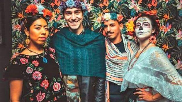 Travestimenti ispirati a Frida Khalo