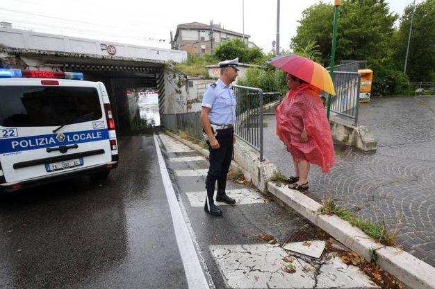 Disagi alla circolazione a causa del nubifragio (foto Print)