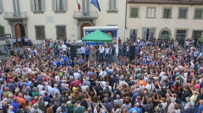 La piazza di Campi Bisenzio per Salvini (Fotocronache Germogli)