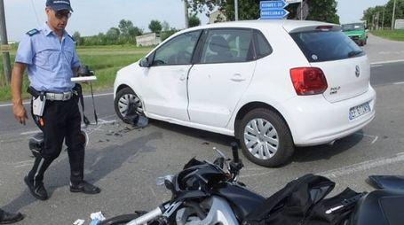 Don Gialdini era alla guida dell'auto si è scontrata con una moto