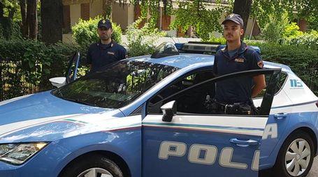 La polizia, che da tempo monitora la zona,  sta verificando la documentazione acquisita