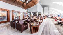 Una delle lounge dell'aeroporto di Dubai - Foto: www.dubaiairports.ae