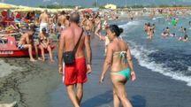 In questo periodo spiagge affollatissime