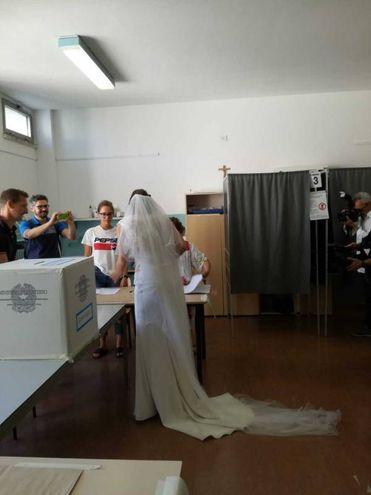Il voto in abito da sposa
