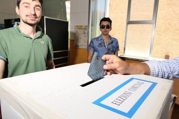 Gli elettori saranno 80.551 e le sezioni aperte 100 (foto Emma)