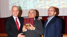 Marco Olori premiato come Mascherina d'oro nell'ultima edizione del Carnevale