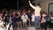 La festa in piazza del nuovo sindaco (foto Zeppilli)
