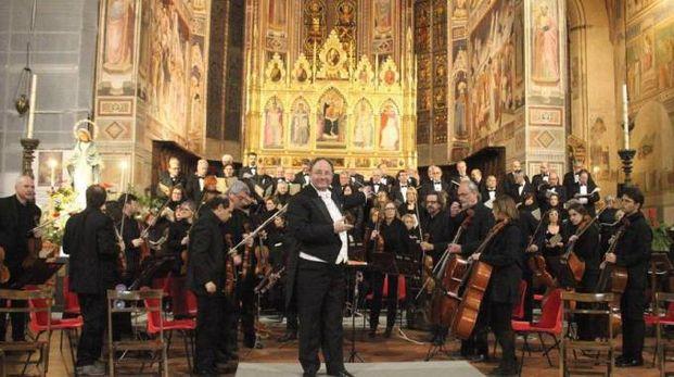 Il Maestro Giuseppe Lanzetta con l'Orchestra da Camera Fiorentina