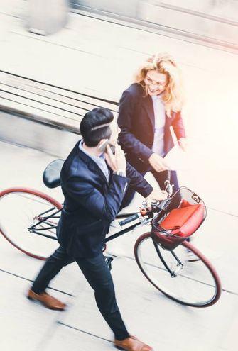 Andare in ufficio in bicicletta (Foto Istock)
