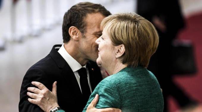 Macron e Merkel al vertice europeo (Ansa)