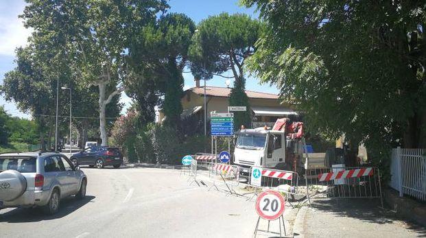 I lavori stradali alla rotonda fra via Gorizia e via Monte San Michele