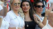 Megan Davison, compagna del portiere britannico Jordan Pickford, Annie Kilner, fidanzata dell'inglese Kyle Walker, e Rebekah Vardy, fidanzata di Jamie Vardy (LaPresse)