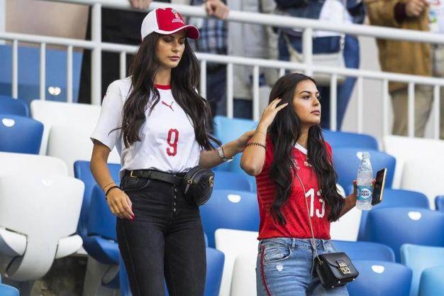 Amina e Nicole, fidanzata di Ricardo Rodriguez (Ansa)