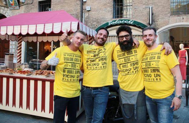 La maglietta gialla a tema con la Notte Gialla Rock (foto Fiocchi)