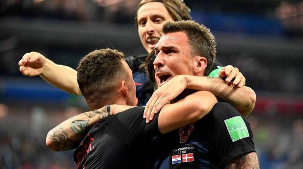 La Croazia festeggia ai rigori