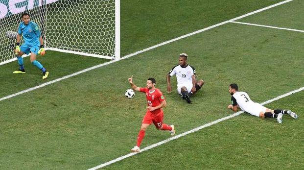 Blerim Dzemaili in gol contro il Costarica