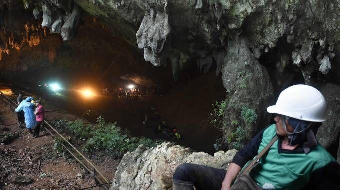 Thailandia, i soccorritori nella grotta di Tham Luang  (LaPresse)
