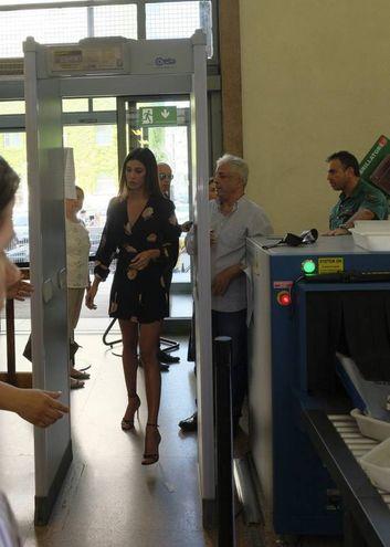 Belen arriva in Tribunale (Newpress)