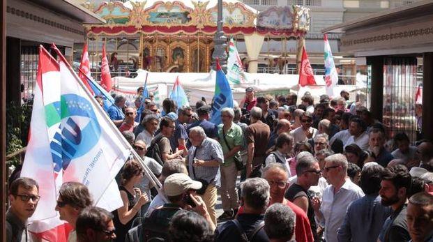 Un momento della manifestazione dei lavoratori della Bekaert (Cabras/New Press Photo)