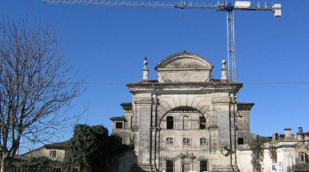 Pericolo di crolli nei pressi della villa palladiana
