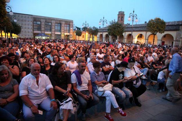 Tantissimi al concerto di Anastacia (foto Ravaglia)