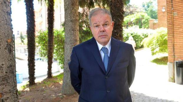 Il professor Angelo Tagliabue