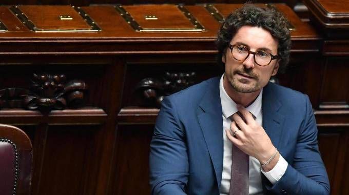 Il ministro delle Infrastrutture e Trasporti, Danilo Toninelli (Ansa)