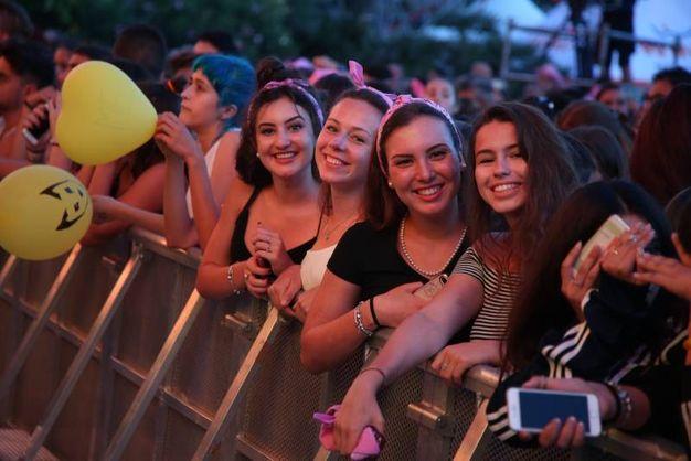Una folla per il live di Radio Bruno estate (foto Ravaglia)