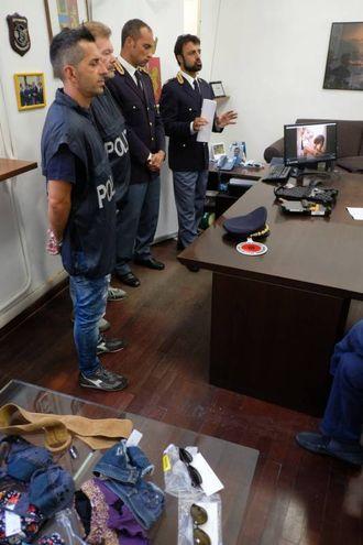 La conferenza stampa della polizia  (foto Frasca)