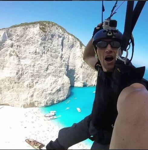 """Arte e sport le passioni di Alessio: """"Non riesco a smettere di volare"""""""