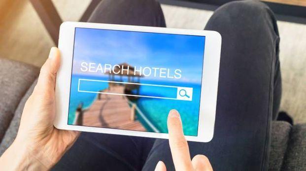 Attenzione alle offerte per gli hotel sui siti di viaggi - Foto: NicoElNino/iStock